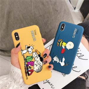 Peanuts-Charlie-Brown-iPhone-X-Case