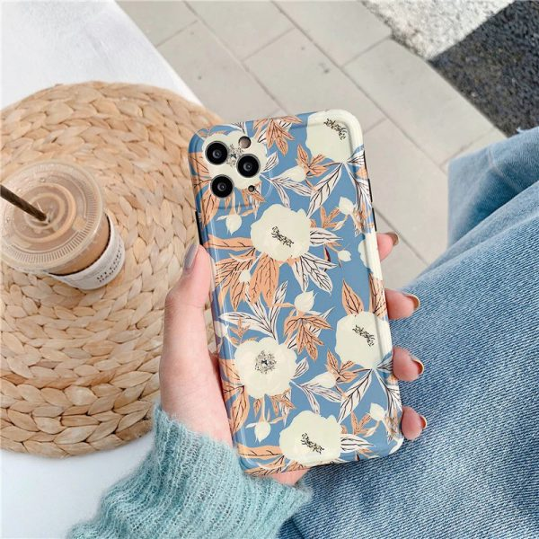 Flowers Graphic iPhone 11 Pro Max Case