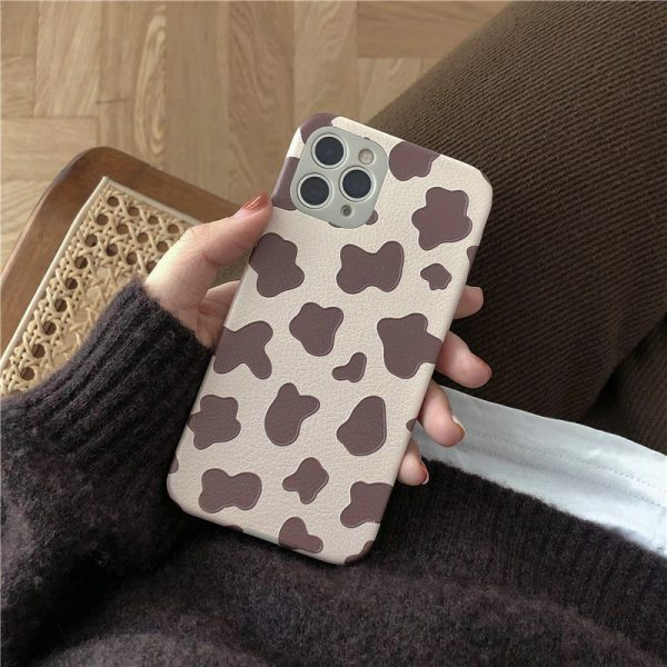 Fashion Brown Cow Print iPhone Case - FinishifyStore