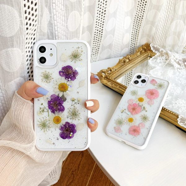 Dried Pressed Flowers iPhone 11 Case